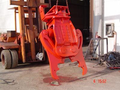 Demolator hidraulic - Model PDI